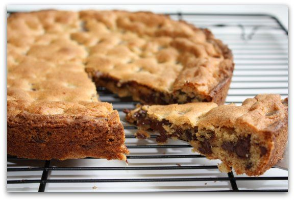 Chocolate Chip Cookie Cake - made this gluten-free, but otherwise kept ...