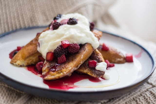 Coconut Crusted French Toast | Breakfast num nums | Pinterest