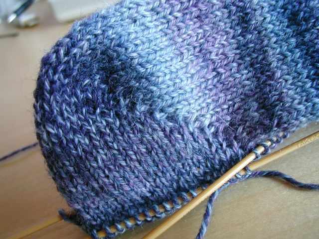 Knitting Pattern Sock Short Row Heel : short row heel tutorial Knitting Pinterest
