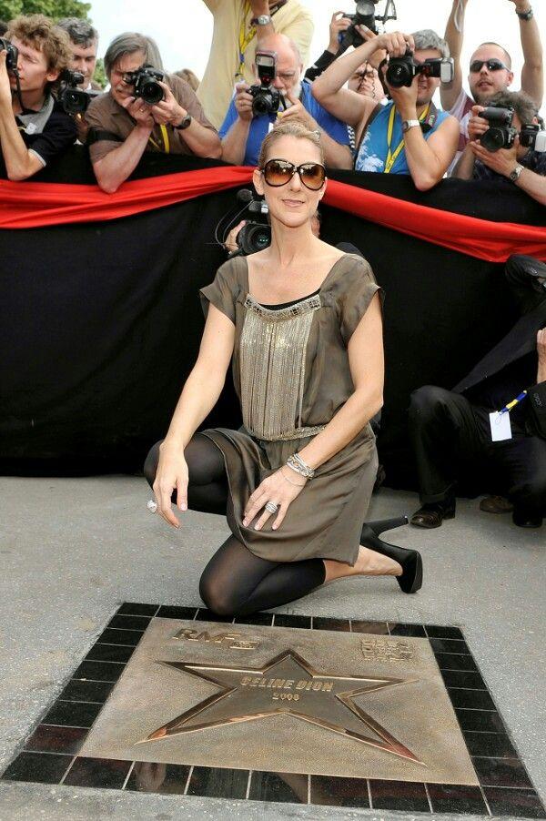 Nicole Kidman, Celine Dion Pose Topless in New Spreads, CrashWebsite