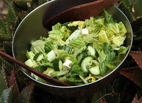 Crunchy Celery and Romaine Heart Salad | Recipe