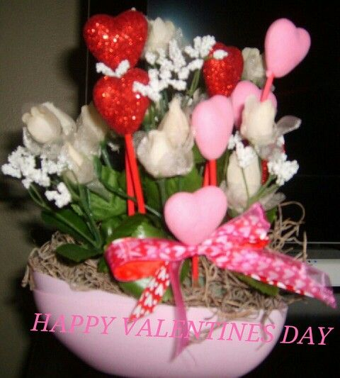 what are good valentine's day gifts for girlfriend
