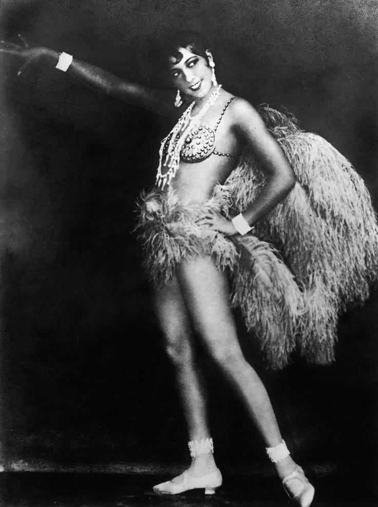 Josephine baker in la revue n gre 1925 art deco and erte for Josephine baker paris