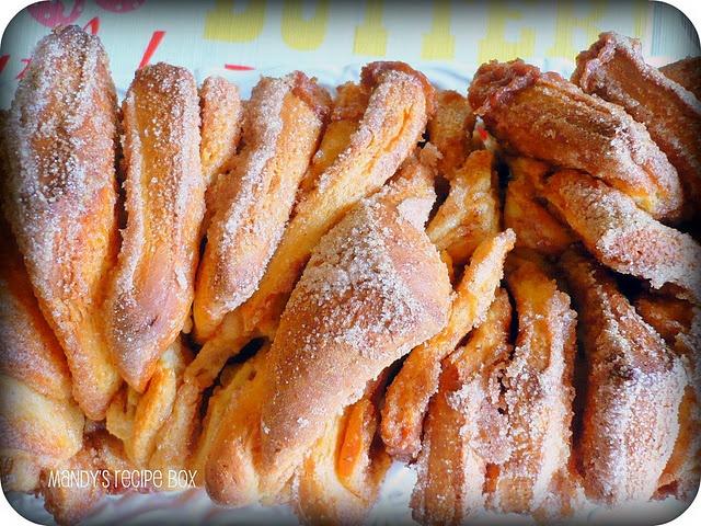 cinnamon sugar pull apart bread | Yum :) | Pinterest