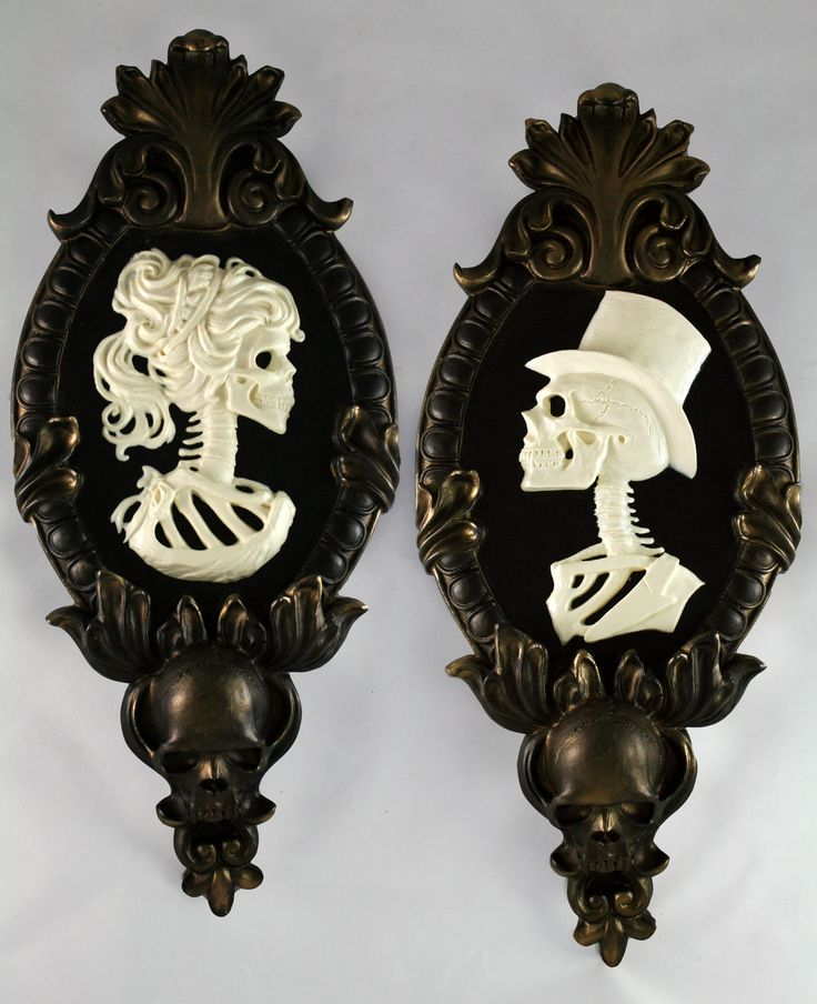 Gothic Victorian Lady Skeleton Cameo Bone White In Gold