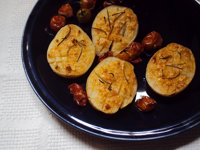 Grilled potatoes with rosemary cream | My Recipes | Pinterest