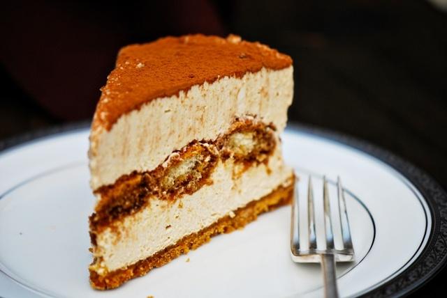Tiramisu Cheesecake No Bake 1-2
