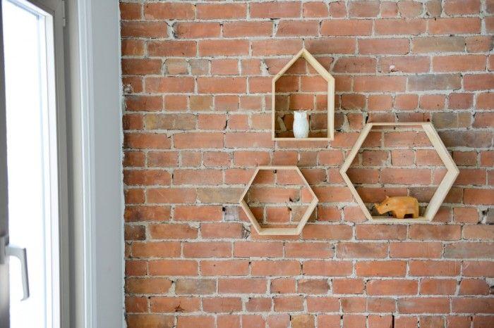 Hexagone Bois : ?tag?res en bois – hexagone + maison Little Houses Pinterest