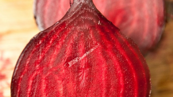 Beet Hummus | Snacks | Pinterest