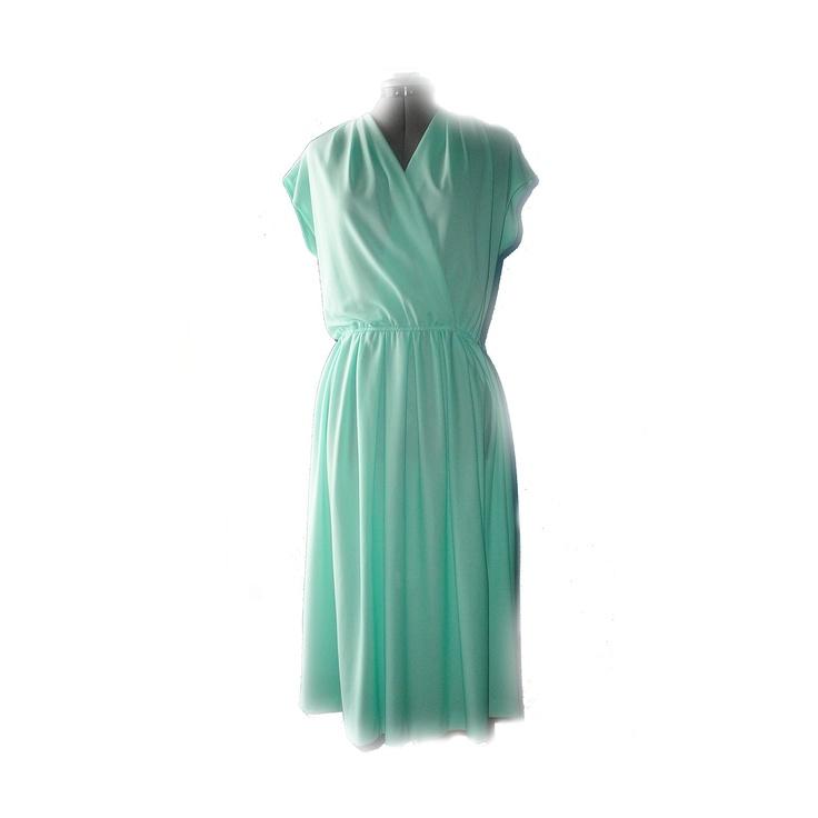 Chapel train bridal gown cheap mermaid wedding green wedding dresses