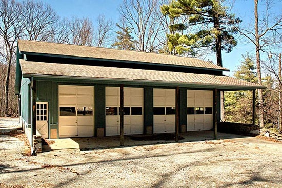 luxury horse barn building designs horse barns pinterest