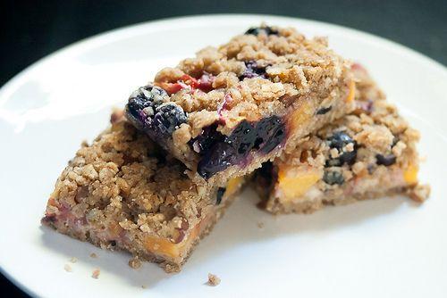 Blueberry-Peach Oat Crumble Bars | Food & Drinks | Pinterest