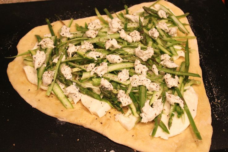 Shaved Asparagus Pizza | Healthy Dinner Recipes | I ♥ Delicious Food