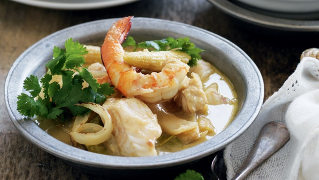 Thai green seafood curry | FOOD | DELIGHTFULLY DELISH | Pinterest