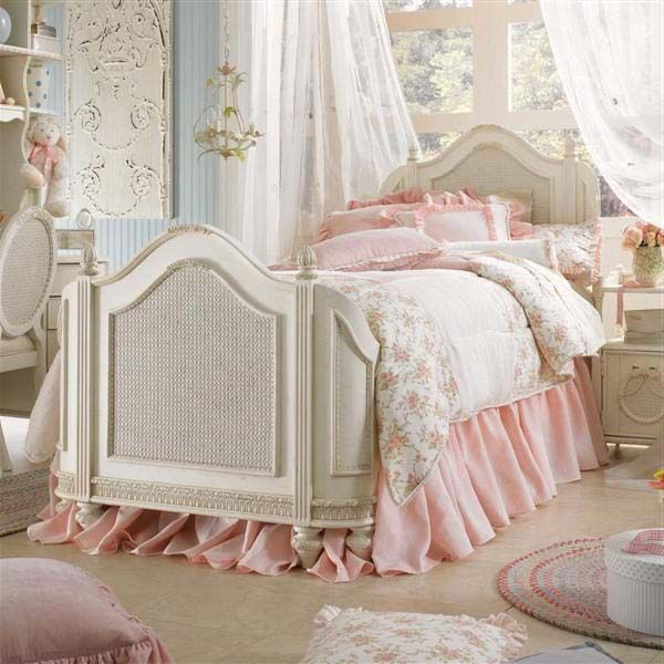 Love The Extra Long Bed Skirt Olivia 39 S Pink Bedroom