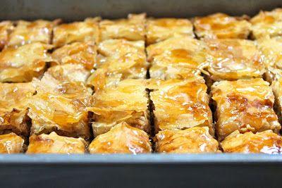 Easy Baklava :: Une Vie Saine | Greek sweets | Pinterest