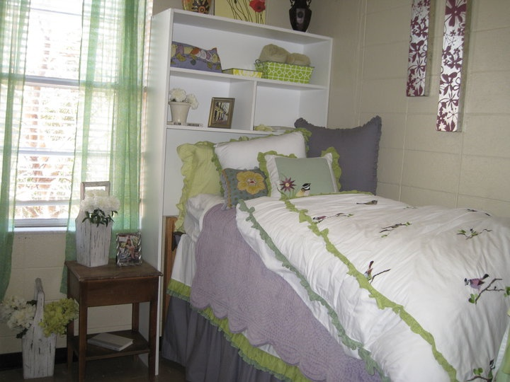 dorm storage  Dorm Room Ideas  Pinterest ~ 160958_Dorm Room Ideas Storage
