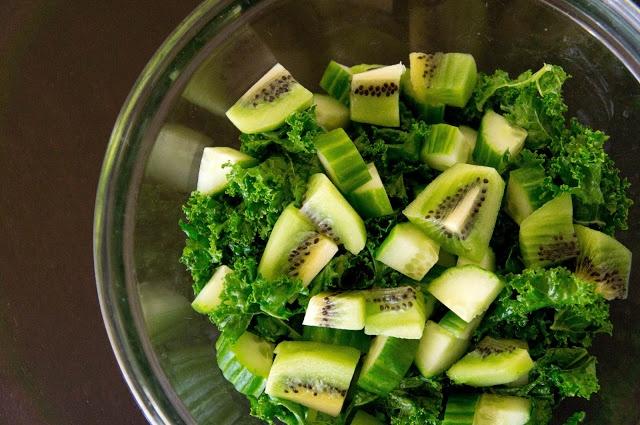 Kale, Cucumber & Kiwi Salad | Nourished Tummy | Pinterest