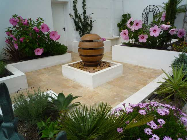 Small Courtyard Garden Nature Pinterest
