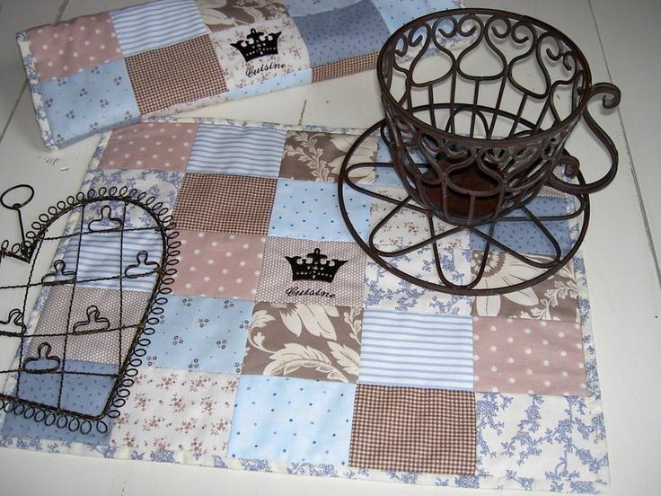 he ro tisch set krone hier hab ich mal ganz romantische. Black Bedroom Furniture Sets. Home Design Ideas