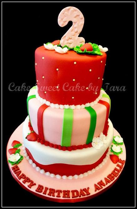 strawberry shortcake themed cakes