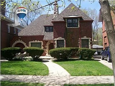 7016 S Constance Ave, Chicago, IL 60649 Buy into the Highlands for $240k 3bdrm,3bth