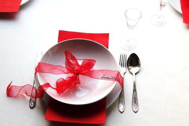 dekoracja świątecznego stołu