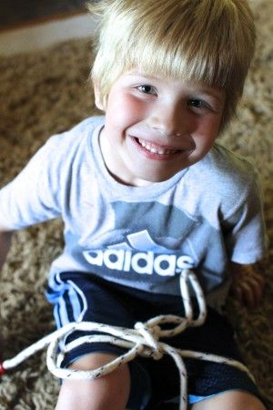 Tips for Teaching Your Child How to Tie Shoes | I Can Teach My Child