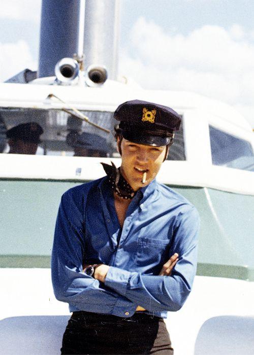 Elvis Presley on holiday in Hawaii, May 1968.