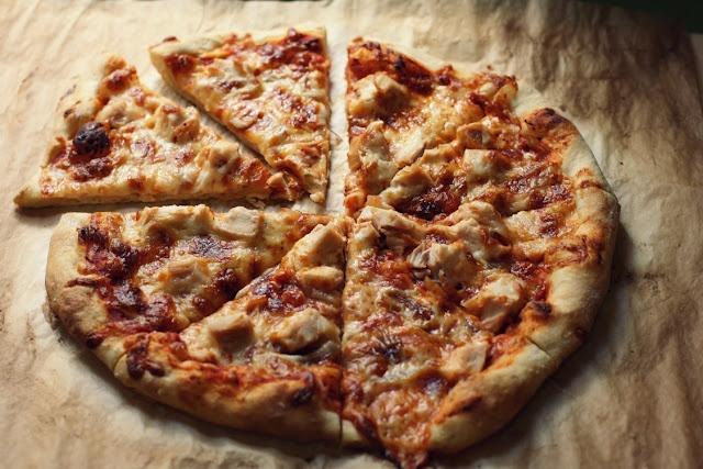 No-Knead Pizza Dough - Vanilla Bean via Artisan Bread in Five Minutes ...
