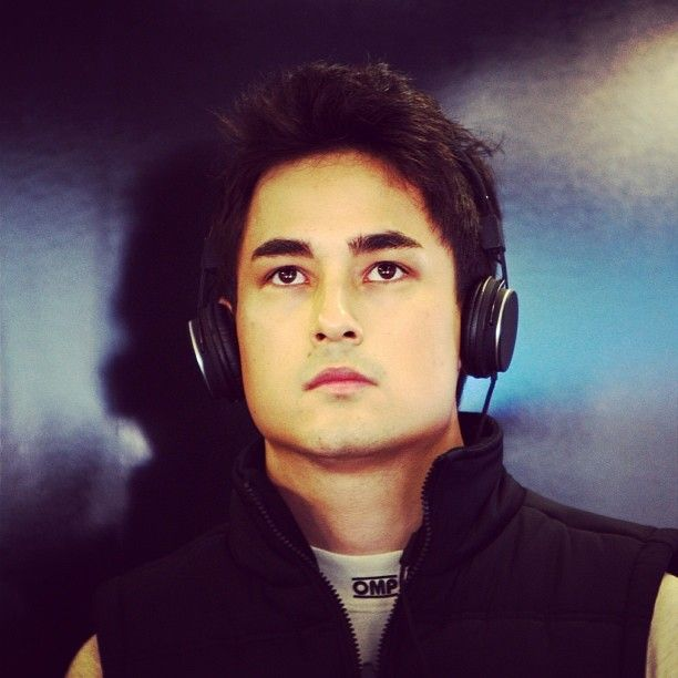 marlon stockinger how tall