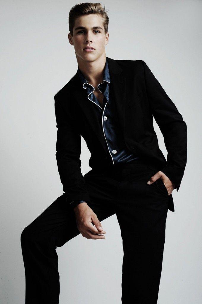 ... CA, at LA Models. Height: 6'0 - 183 cm. Eyes: Blue. Hair: Dark Blond