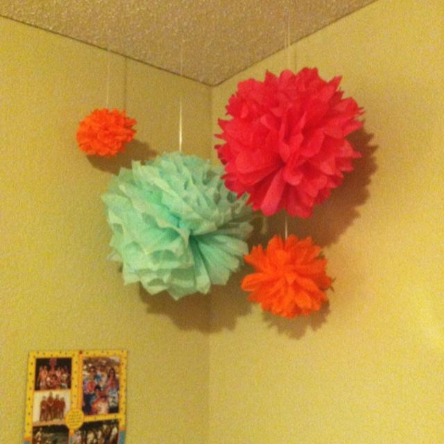 tissue paper balls diy