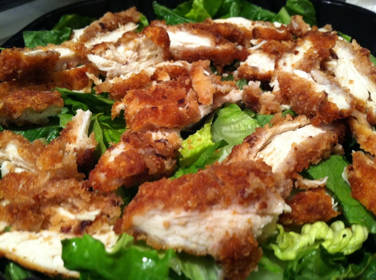 Pecan Crusted Chicken Salad from Applebees! The bed salad in the world ...