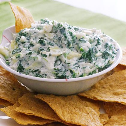 No-Guilt Spinach and Artichoke Dip. | holiday | Pinterest