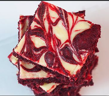 Red Velvet Brownie Swirl Cake. Recipe & Request from Mealku here: http ...