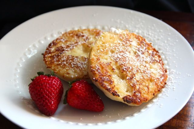 English Muffin French Toast ***Topped with sliced balsamic ...