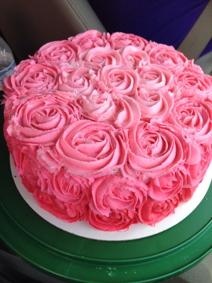 Cake With Roses Buttercream : Buttercream Roses for a Birthday cake Our Cake Creations ...