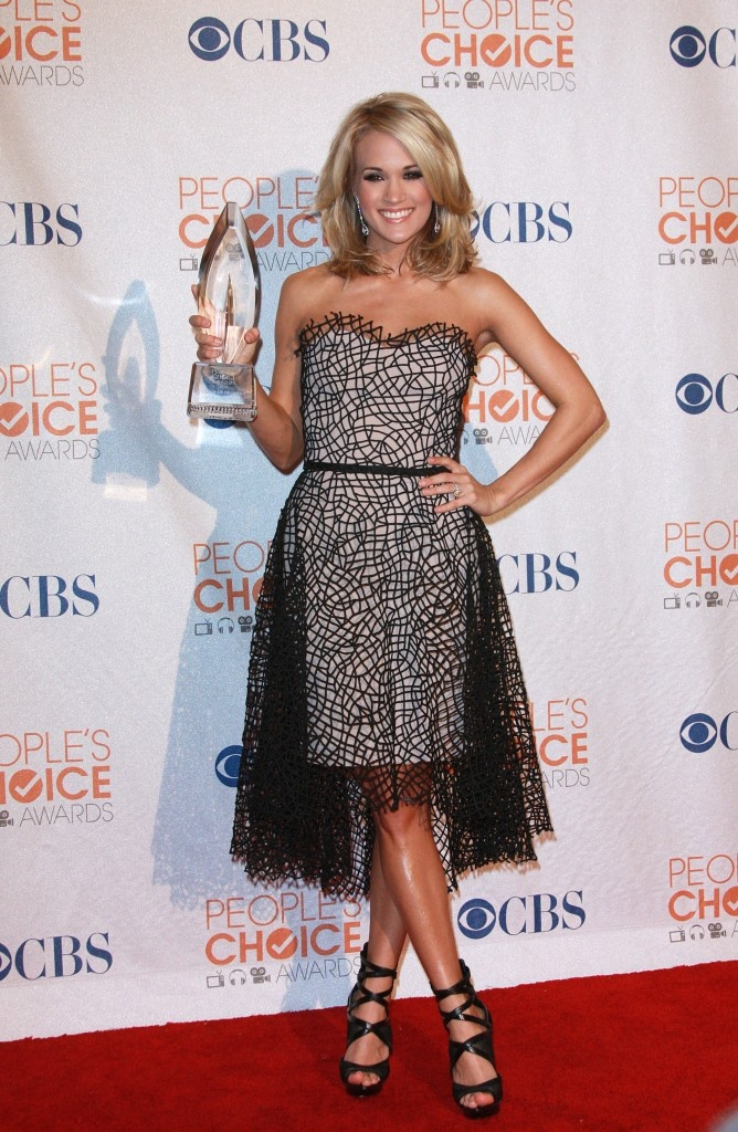 Celebrities attend the annual Peoples Choice Awards