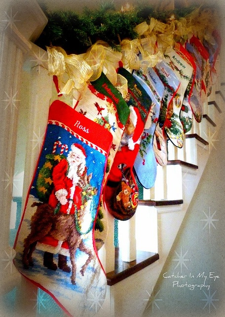 Pin by catherine cella on christmas wonders pinterest for Hang stockings staircase