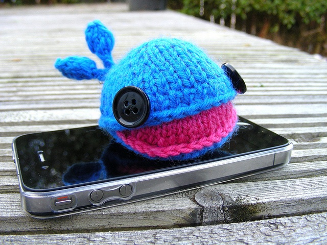 Amigurumi Headphones : Whale headphone case... cuteness. Make This Pinterest
