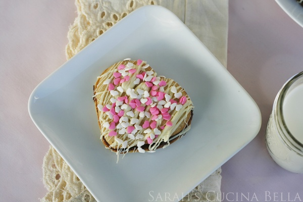 ... ! > Double Chocolate Heart Sandwich Cookies | Sarah's Cucina Bella
