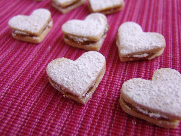 Shortbread Caramel Sandwiches   Sugar Craving!   Pinterest