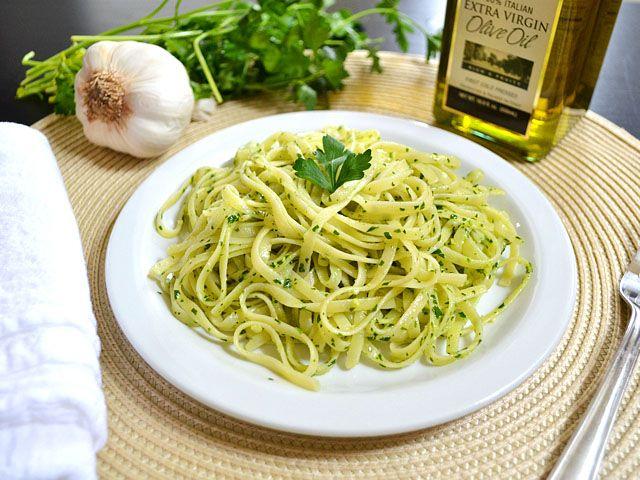 parsley pesto pasta - Budget Bytes cheap pesto no nuts (or sub walnuts ...