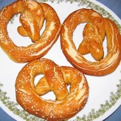 buttery soft pretzels!!! | food/recipes | Pinterest