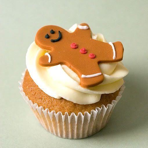 Gingerbread man cupcake | Birthday party ideas | Pinterest