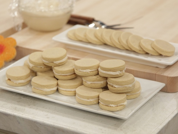 Treats Truck Recipes: Caramel Cream Sandwich Cookies, PB & J Sandwich ...