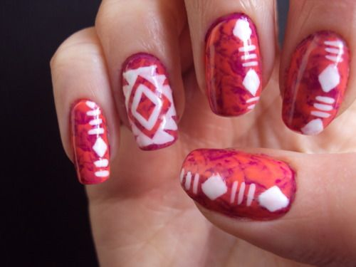 tiedyed aztec nails!