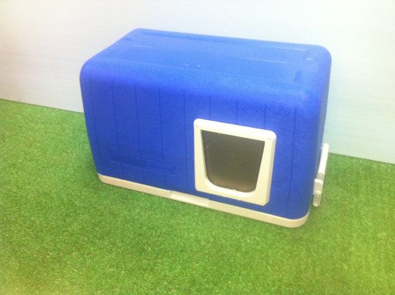 Outdoor Cat House/ Heated Pad by stabob on Etsy, $159.00