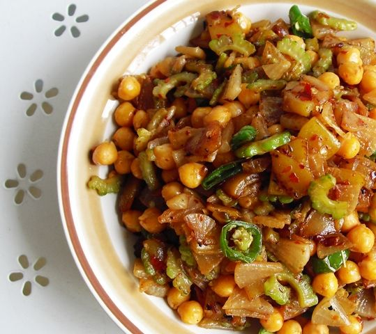 Chickpea, vegetable and cumin stir-fry | feed me. | Pinterest